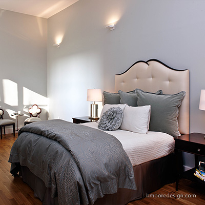 Brooklyn Heights NYC apartment interior by Brooklyn NY interior designer Barbara Moore.
